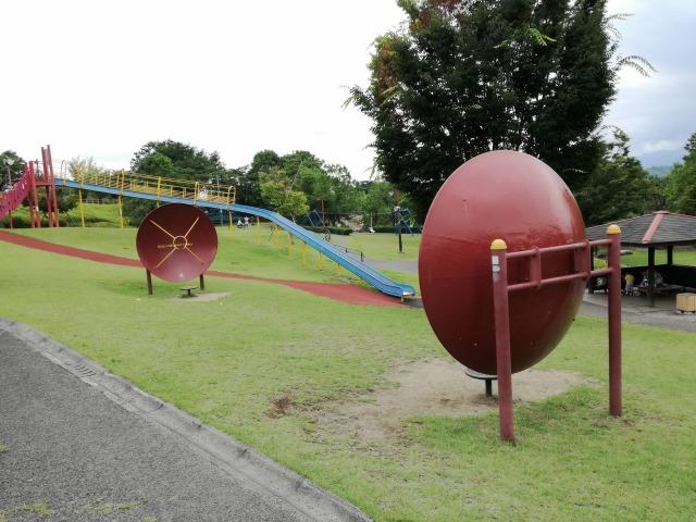 曽根丘陵公園の音を集める遊具