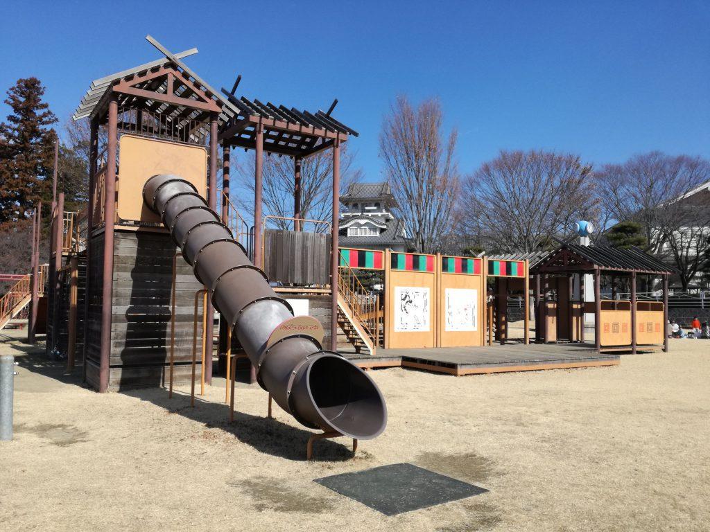 歌舞伎 公園 遊具 市川三郷