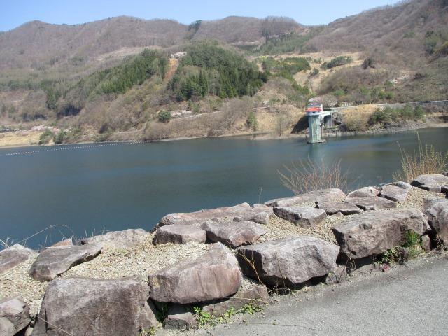 昇仙峡 ダム上