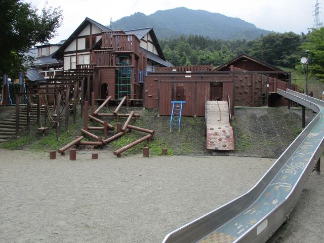 桂川ウェルネスパークの遊具