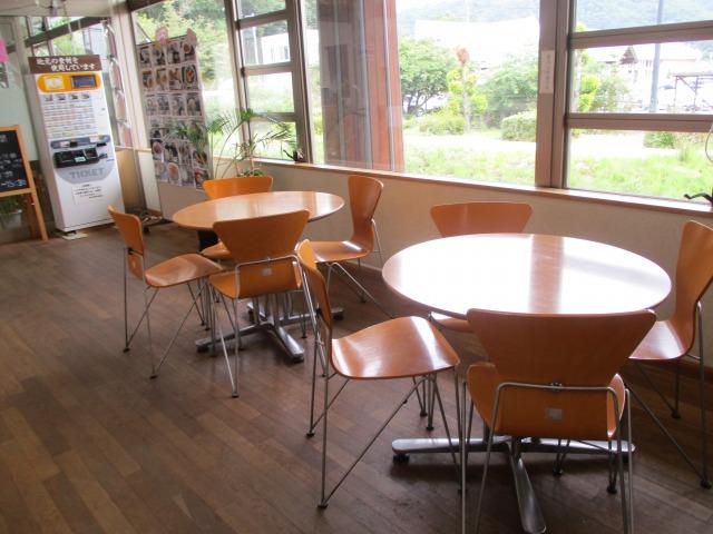 食事処の前にある休憩スペース