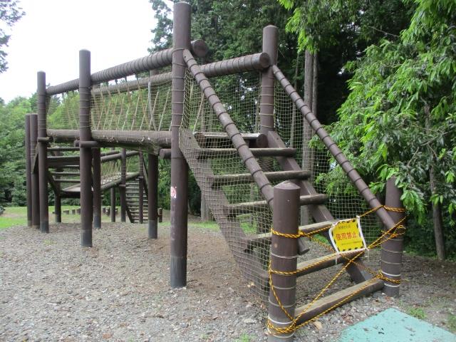 ウェルネスセンターの遊具使用禁止