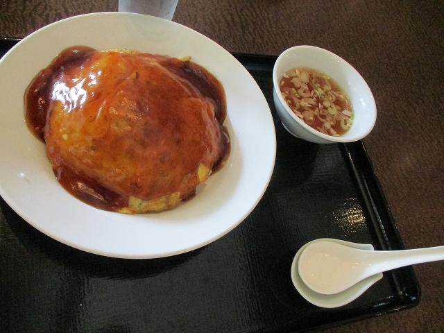 下部ホテル松林亭の天津飯