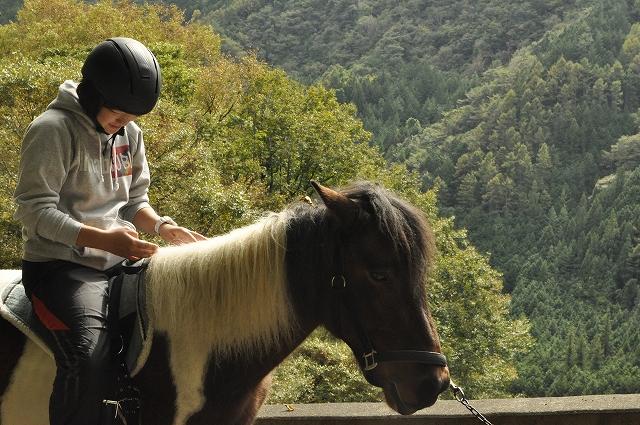 うまカフェで乗馬体験