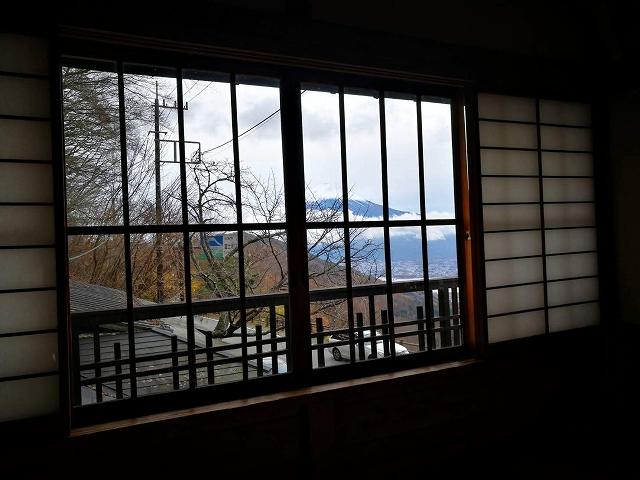 太宰治が使っていた部屋から見える富士山
