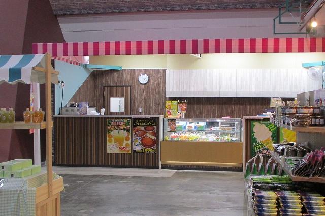 山梨FUJIフルーツパークの軽食カフェ